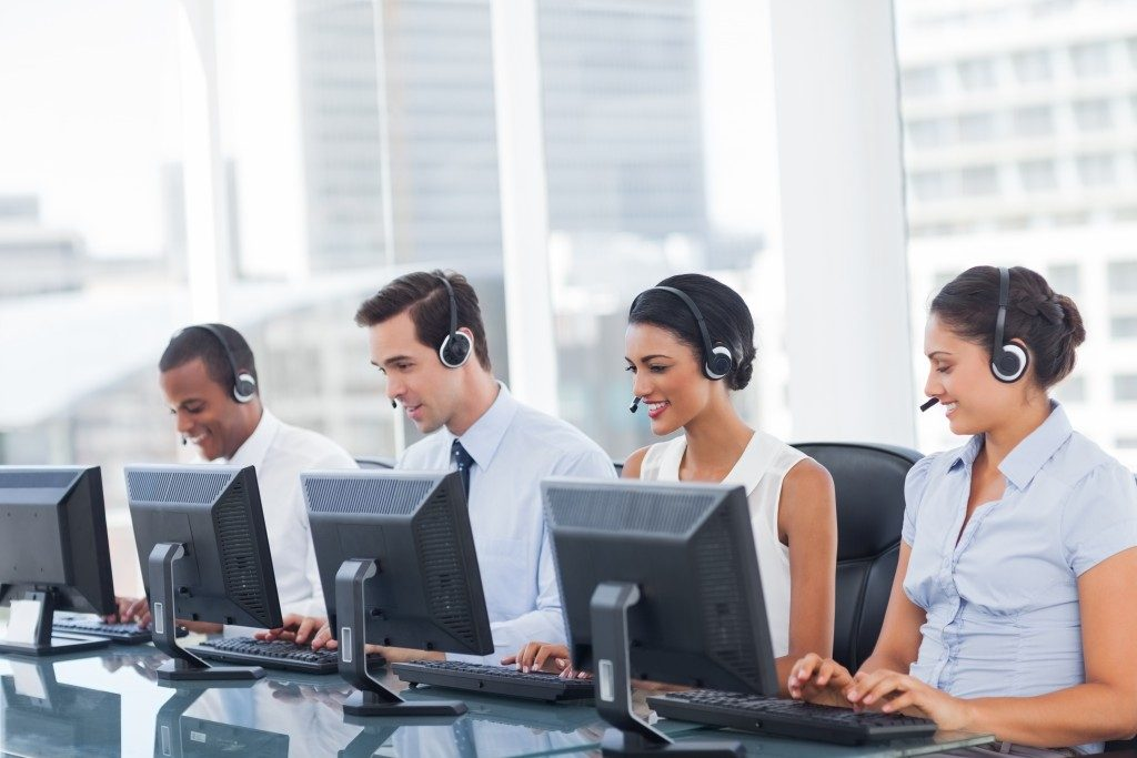 Line of call center agents